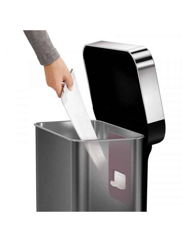 réserve de sacs poubelle cuisine 45L Simplehuman noire inox
